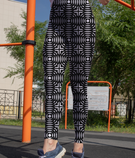 Abstract circles and squares leggings front