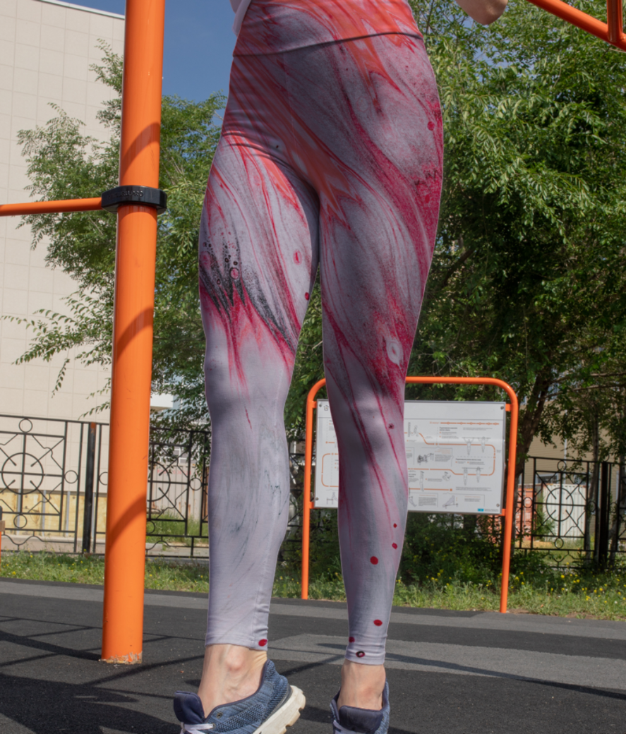 Coral wave leggings front