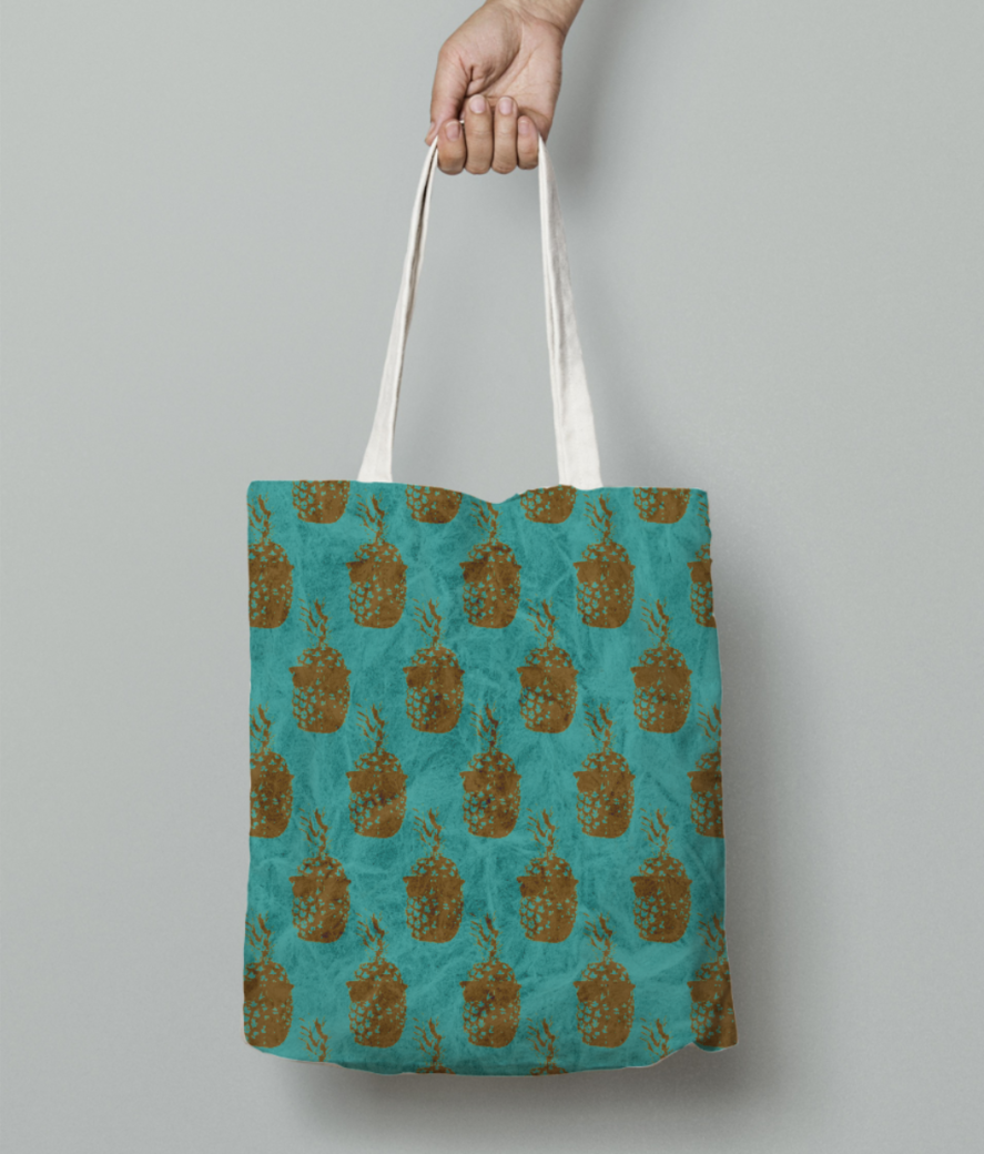 Fineapple tote bag front